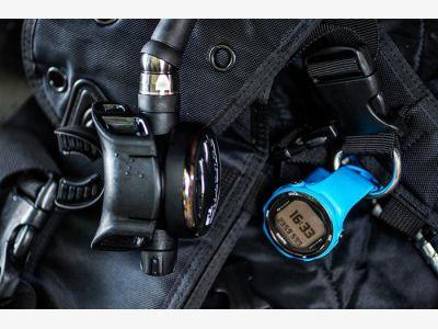 Suunto D4i NOVO BLUE, USB IV.jpg
